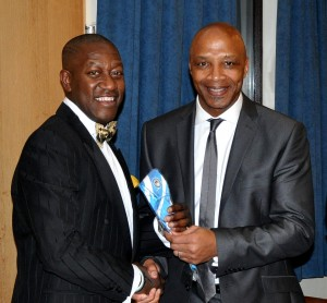 'From One Cup F.A.Cup Winner to Another': Benno presents Cyrille with his CCFPA tie
