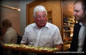 Waiter 1 Kirk