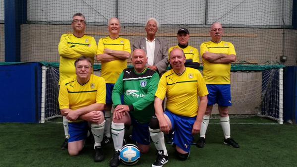 Ken (centre back row) in Team 1